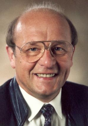 Portrait von Helmut-Hans Höss